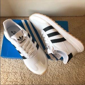 Adidas original flashbacks white sneakers shoe